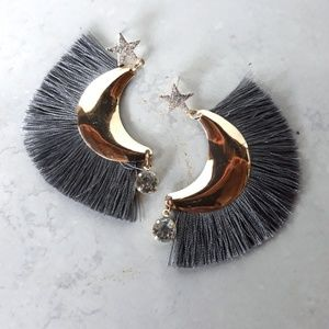 """Gold With Gray Fringed Earings """" New """""""